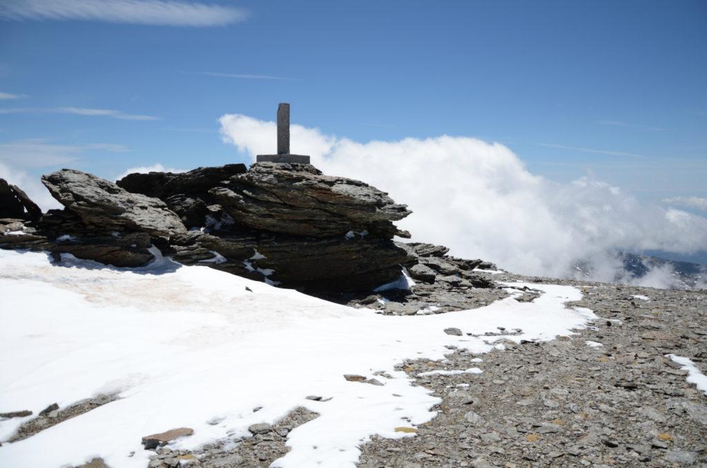 Mulhacén II - niższy szczyt