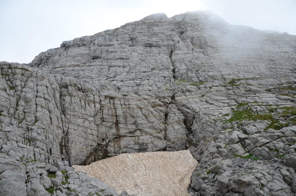 Zla Kolata - widok od podnoza gory