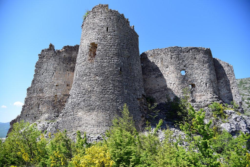 Fort Glavaš - widok u podnóża ruiny