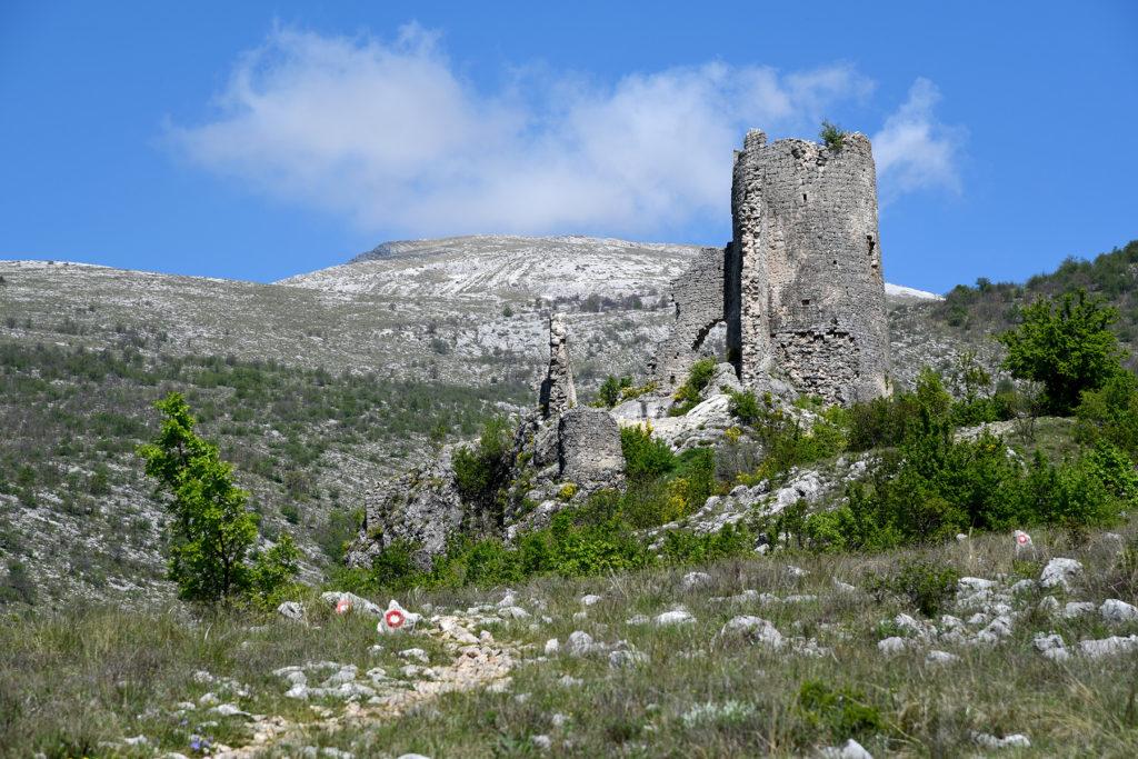 Fort Glavaš - widok od strony parkingu