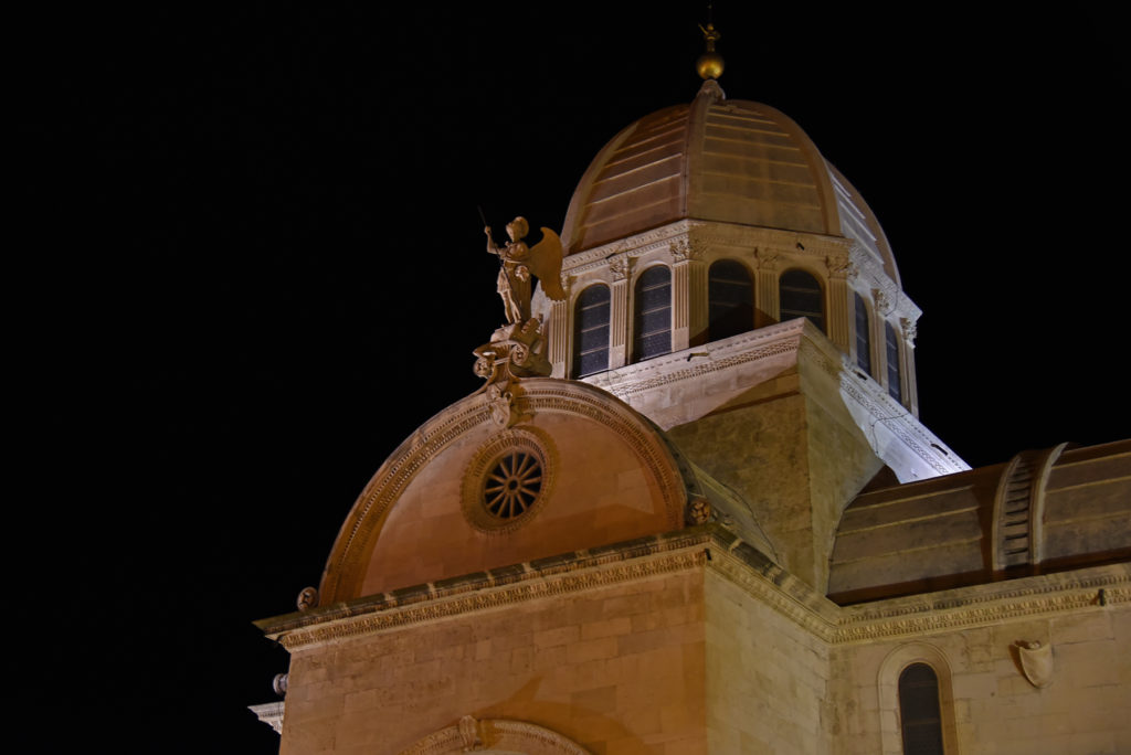 Szybenik - Katedra nocą