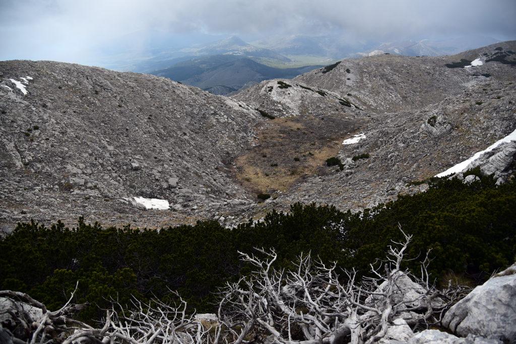 Vrh Dinare - widok ze szczytu w kierunku północnym