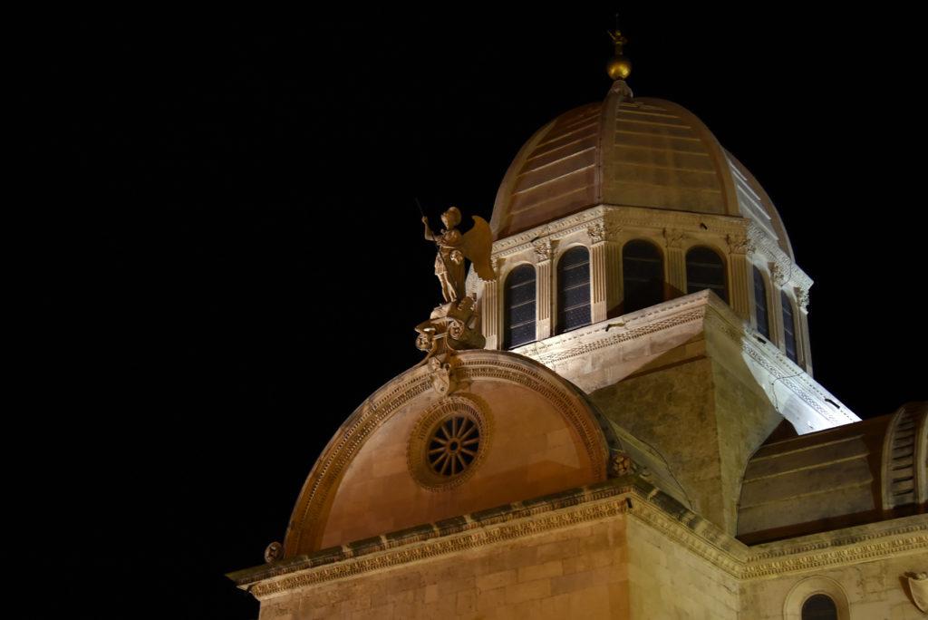 Katedra w Szybeniku - kopuła nocą