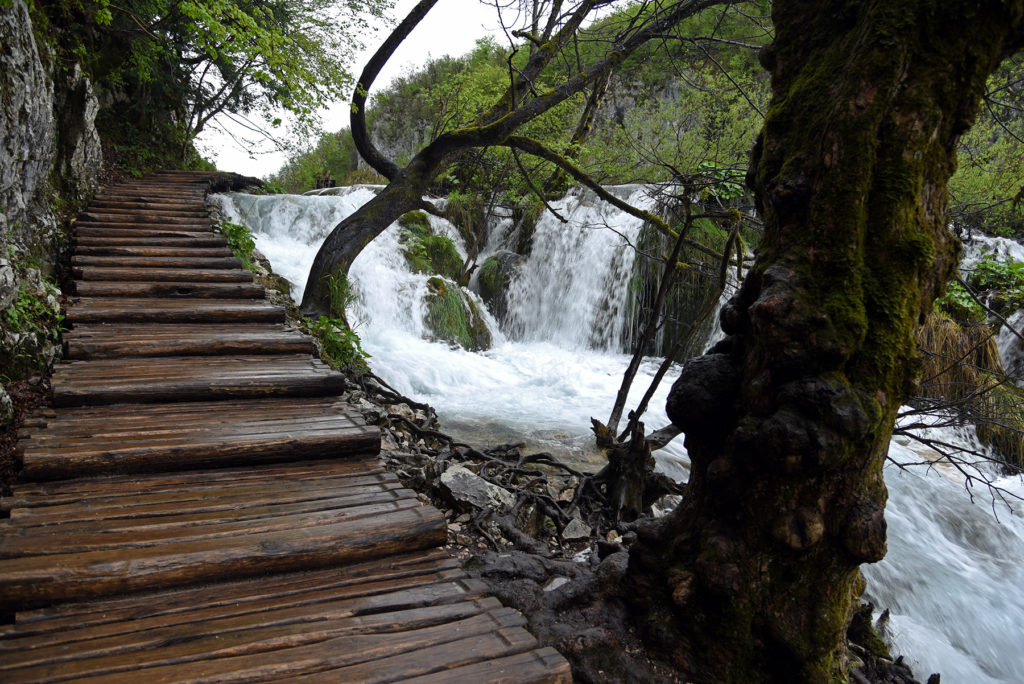 Plitwickie Jeziora - ścieżka wzdłuż wodospadów