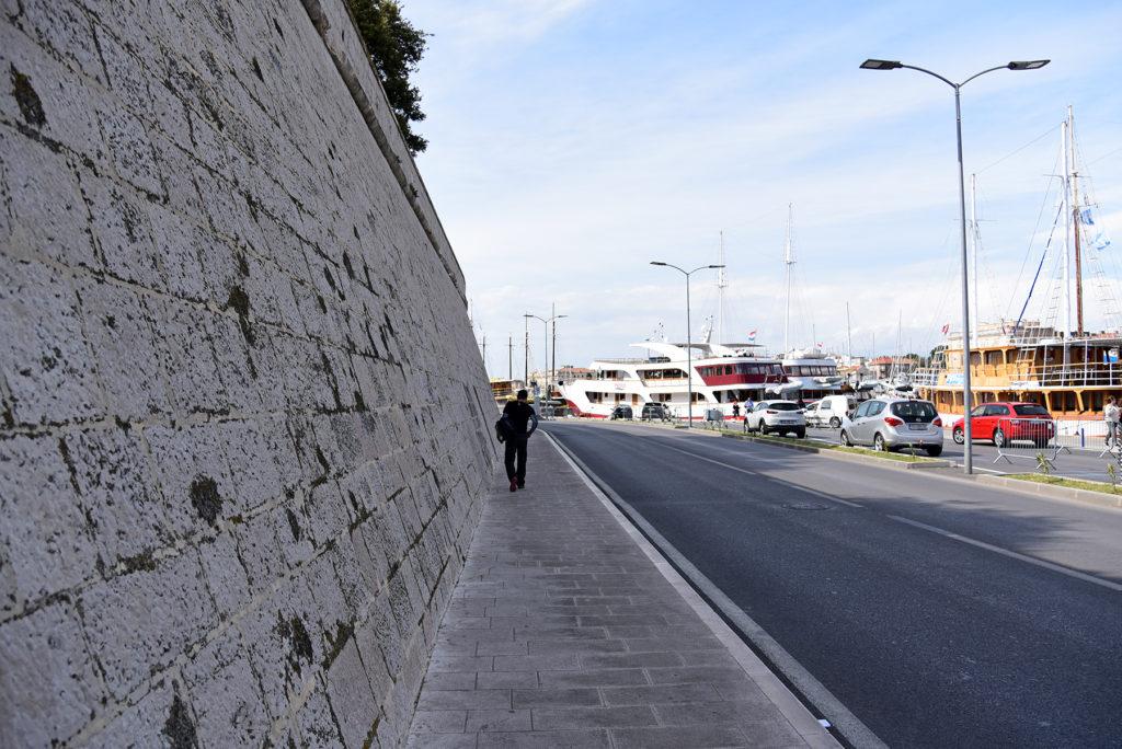 Zadar - mury obronne - spacer wzdłuż muru