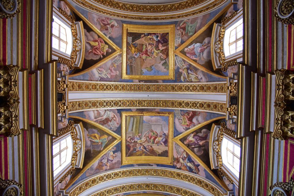 Katedra w Mdinie - sufit w nawie głównej