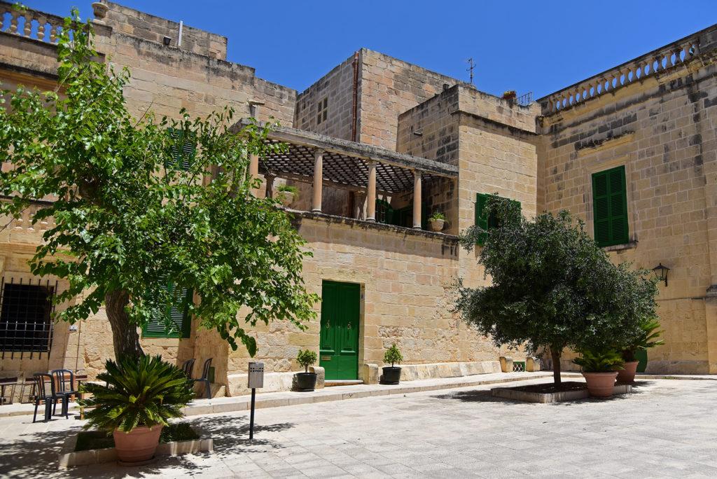 Mdina - plac Mesquita