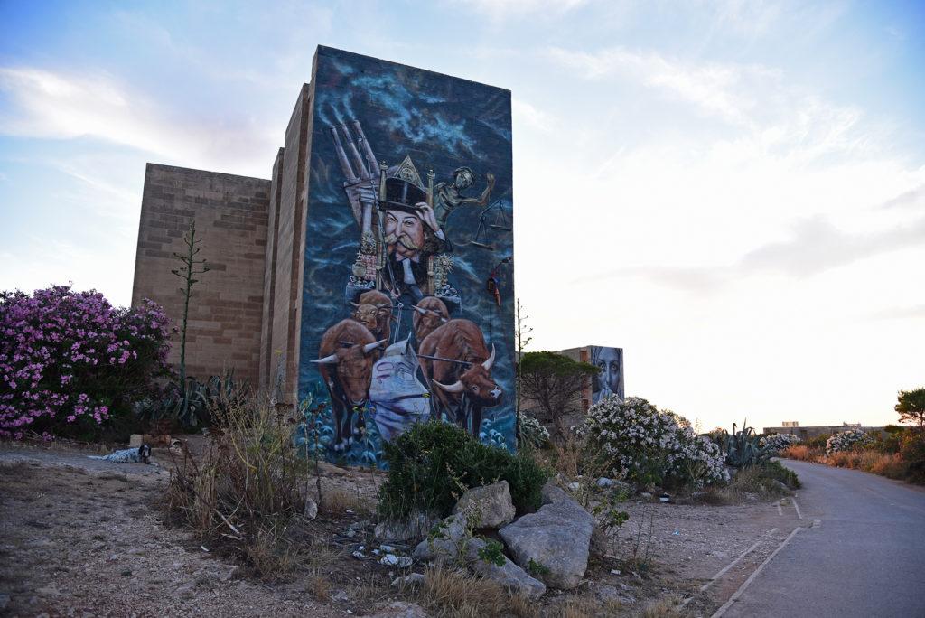Opuszczona miejscowość White Rocks - mural finansjera