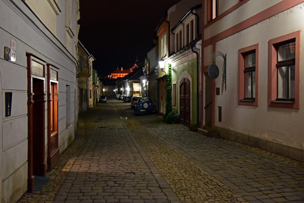 Třebíč - Dzielnica Żydowska - ulica Leopolda Pokorného nocą
