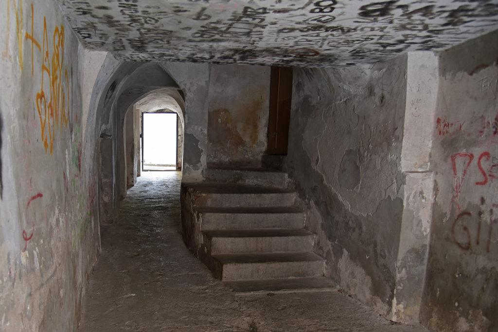 Třebíč - Dzielnica Żydowska - wnętrze klatki jednej z kamienic
