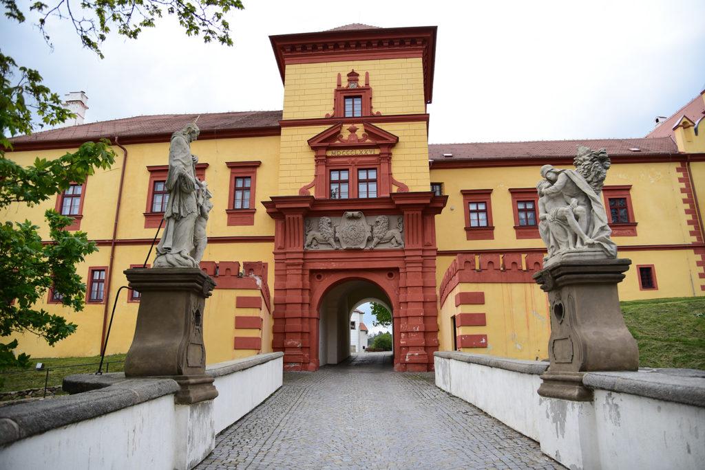 Třebíč - brama wjazdowa na dziedziniec Zamku