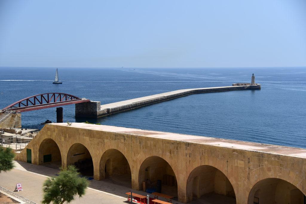 Fort św. Elmo - widok na latarnie