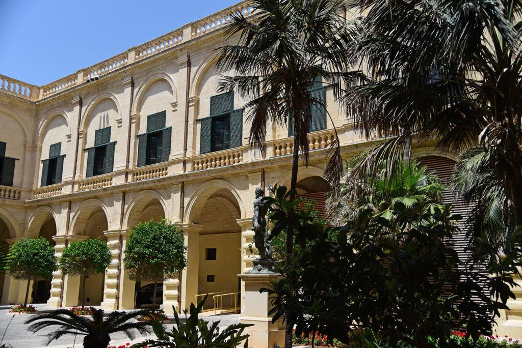 Pałac Wielkiego Mistrza - dziedziniec