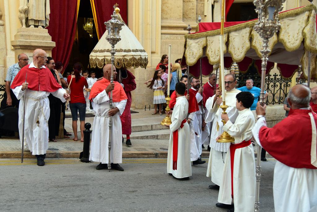 Valletta - Procesja Bożego Ciała - początek