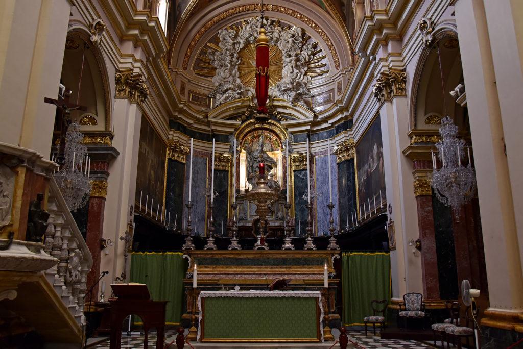 Valletta - kościół św. Augustyna - ołtarz główny