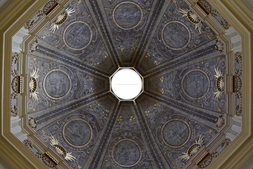 Valletta - kościół św. Katarzyny Aleksandryjskiej - polichromia kopuły