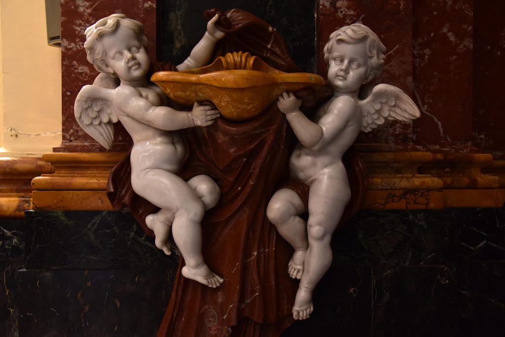 Valletta - kropielnica w kościele Augustyna
