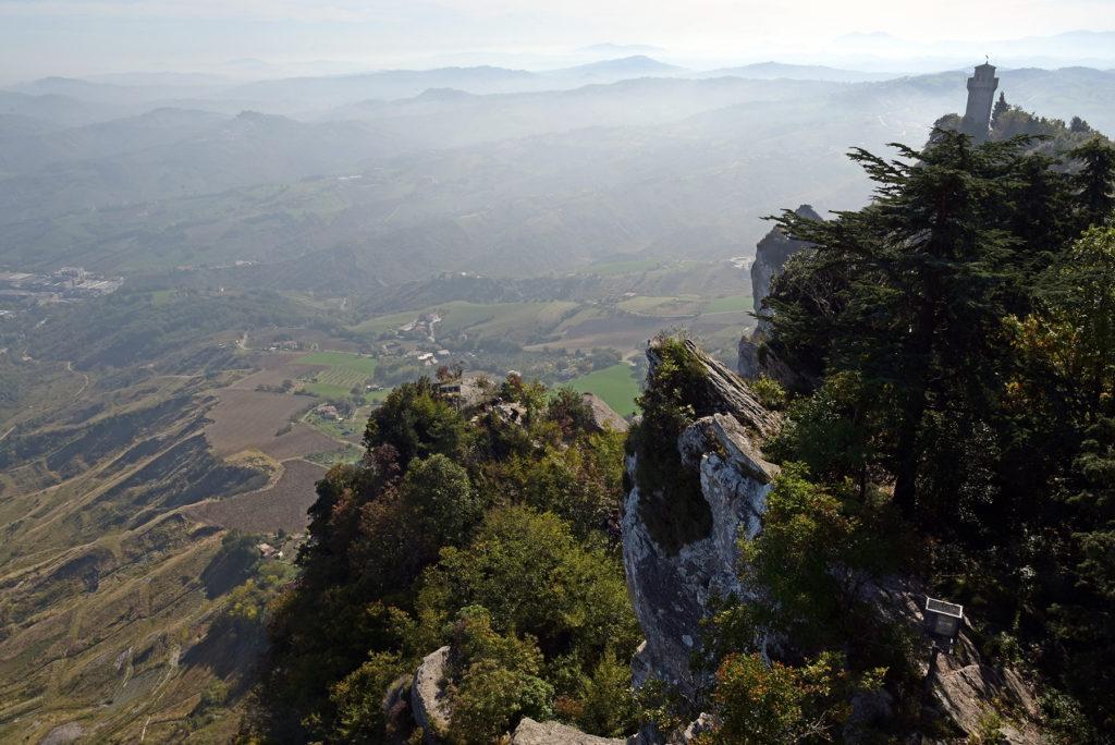 Monte Titano - ostre krawędzie najwyższego szczytu San Marino