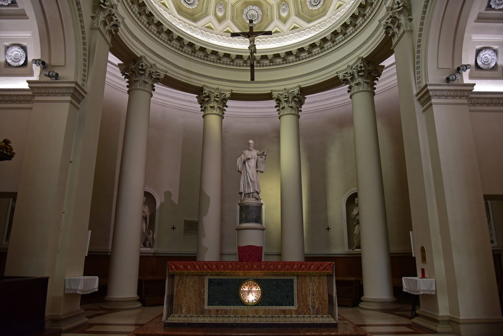 San Marino - ołtarz główny w bazylice św Maryna