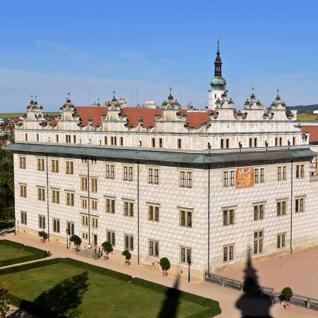 Zamek w Litomyślu - widok z tarasu kościoła pijarów