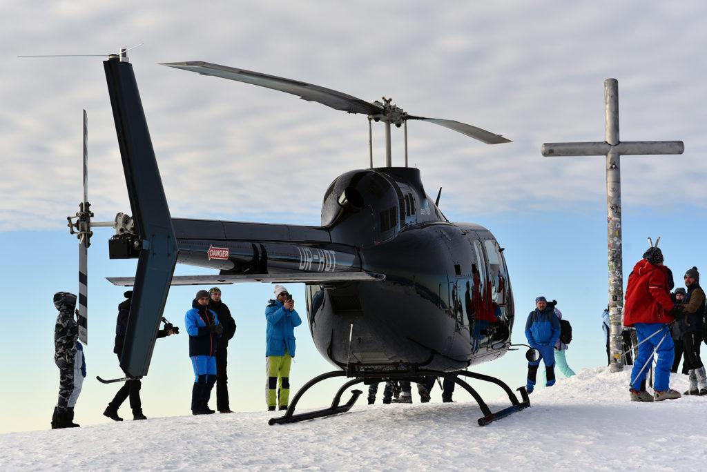 Howerla - Helikopter na szczycie