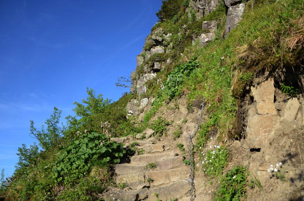 Kamienne schody na Perci Akademików