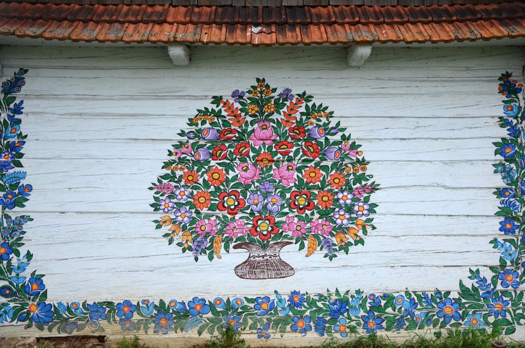 Malunki na jednej z zagród w Zalipiu