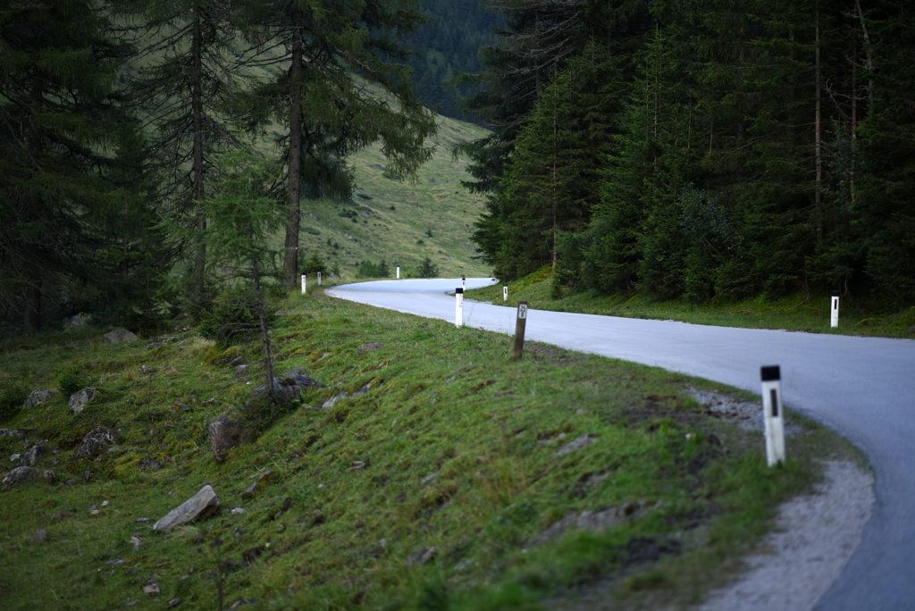 Droga przez Park Krajobrazowy Sölktäler