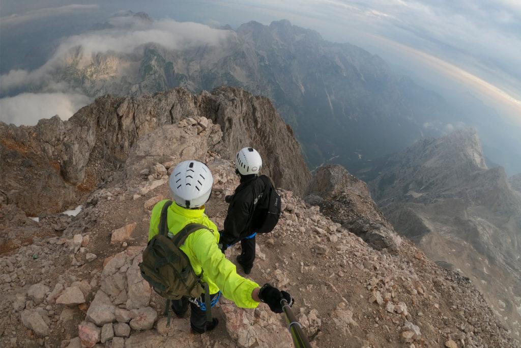 Widok ze szczytu Triglav w stronę zachodnią